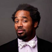 Dhani Jones's picture